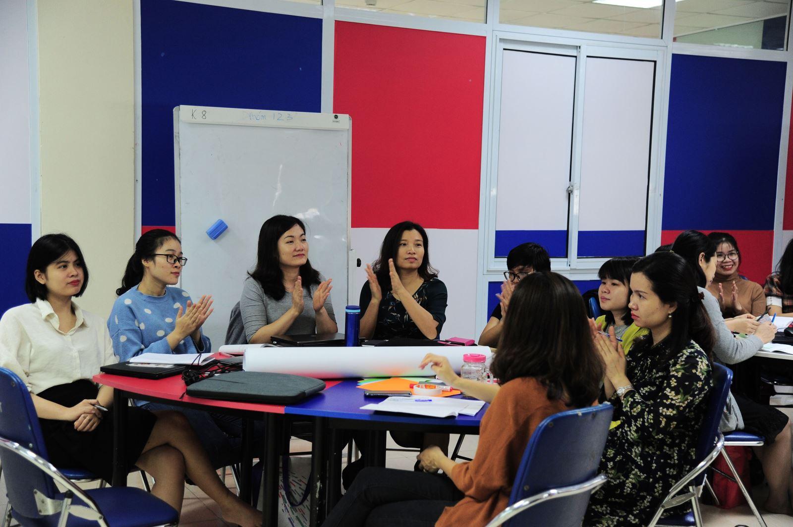 Giáo viên Nguyễn Siêu tập huấn Phương pháp dạy học tích cực