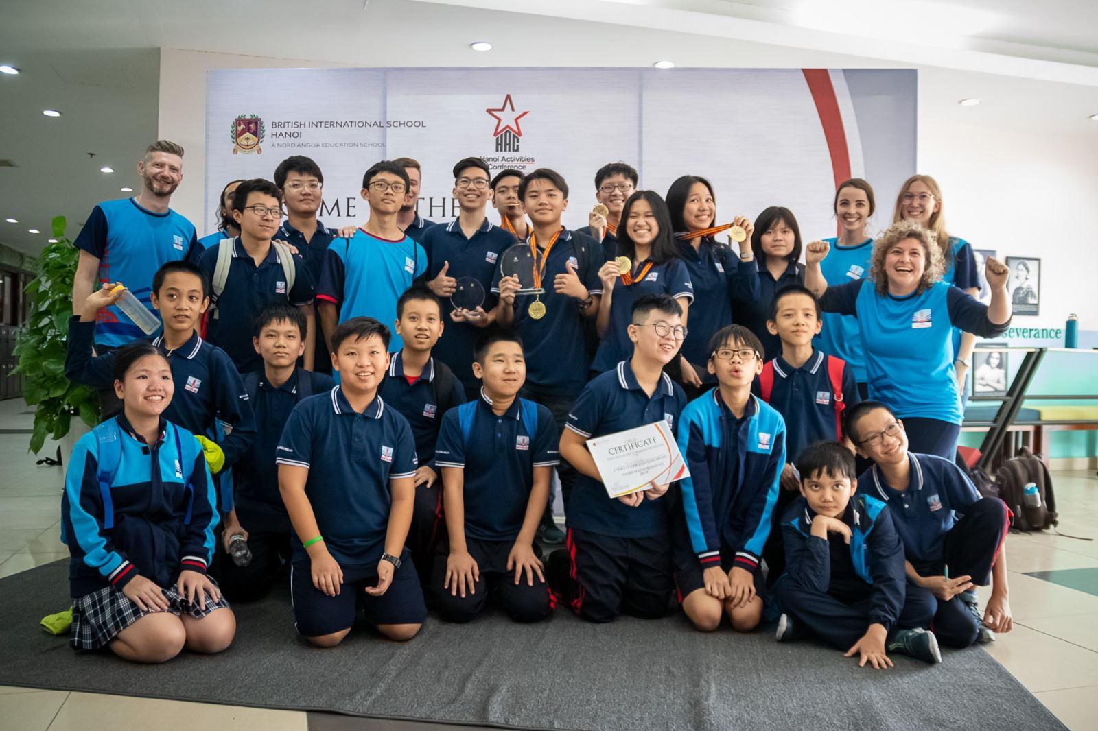 Nguyễn Siêu tiếp tục giữ ngôi đầu Hanoi Maths Olympiad
