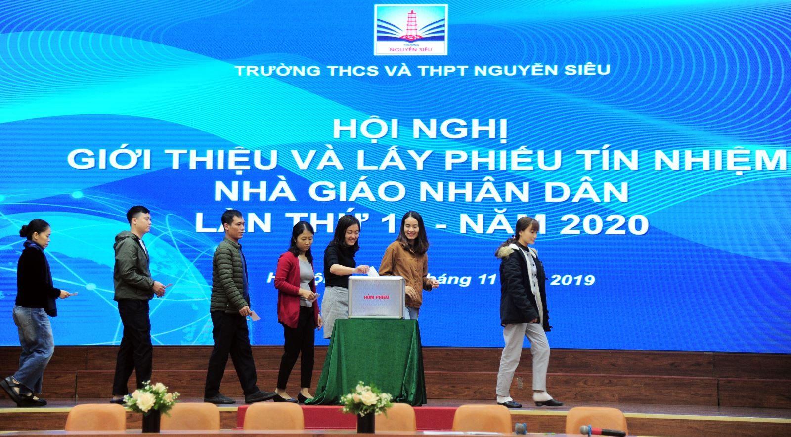 Chủ tịch HĐQT Nguyễn Trọng Vĩnh đạt 100% tín nhiệm Nhà giáo Nhân dân